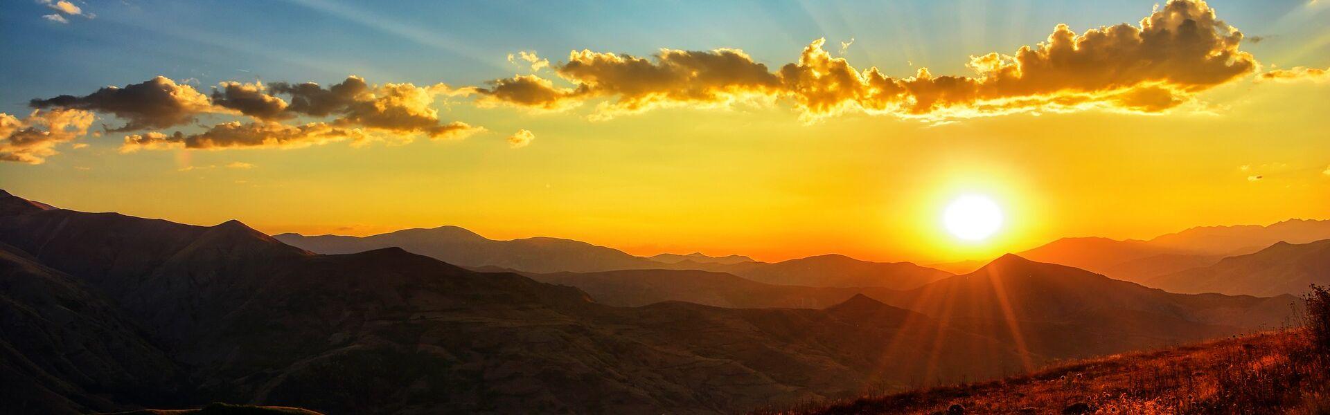 sunset-3314275_1920